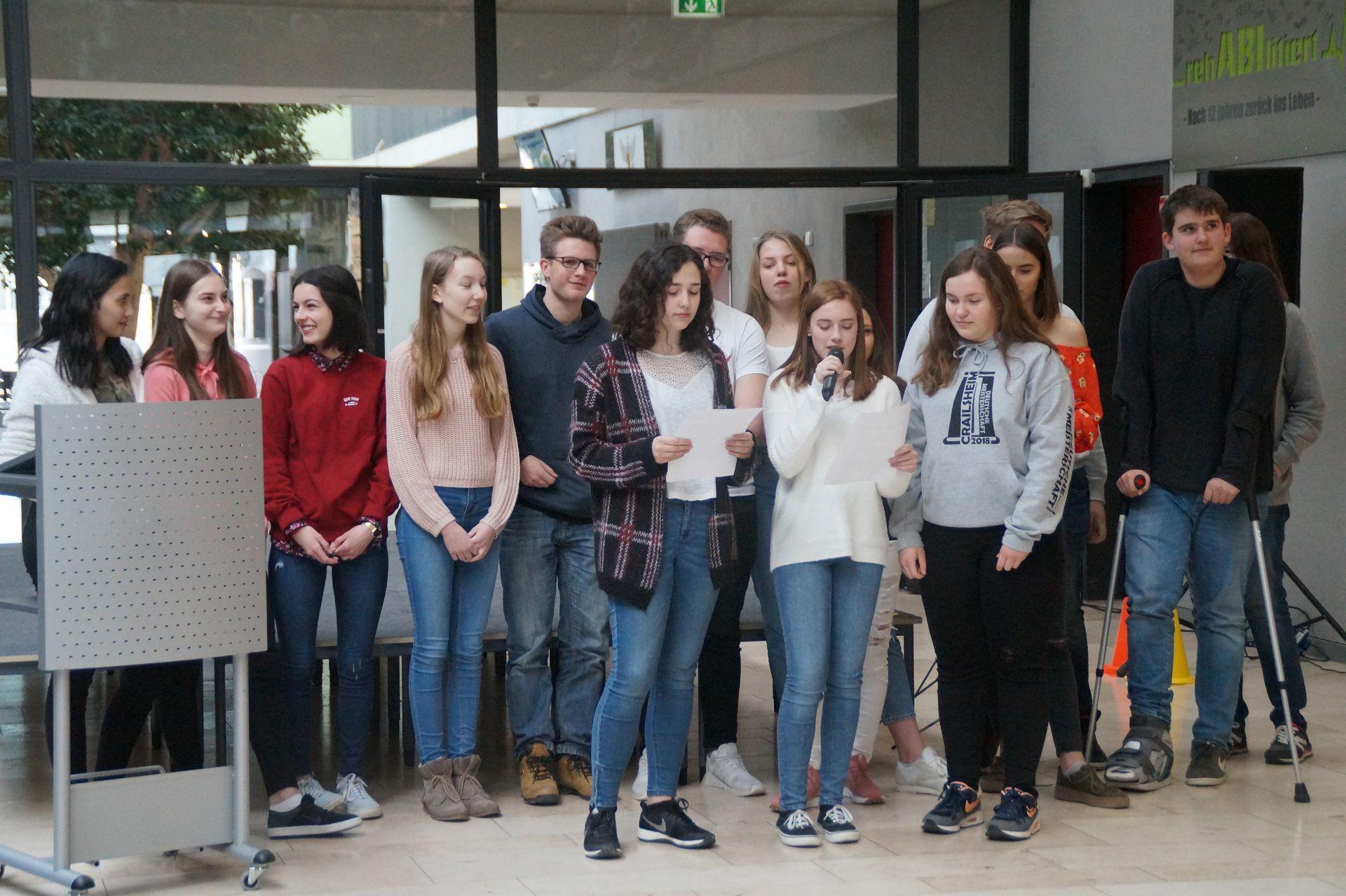 Großzügig Beispiele Von Studenten Setzt Gymnasium Fort Bilder ...