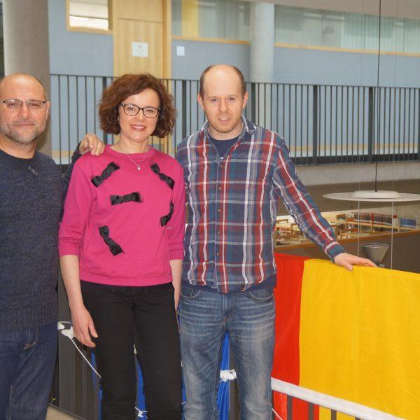 Die begleitenden Lehrer aus Spanien Esteban Romero und María José García zusammen mit Lars Dinkel (v.l.)