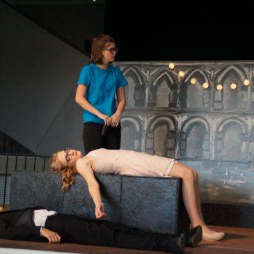 """Shakespeares """"Romeo und Julia"""" am Lise-Meitner-Gymnasium aufgeführt"""